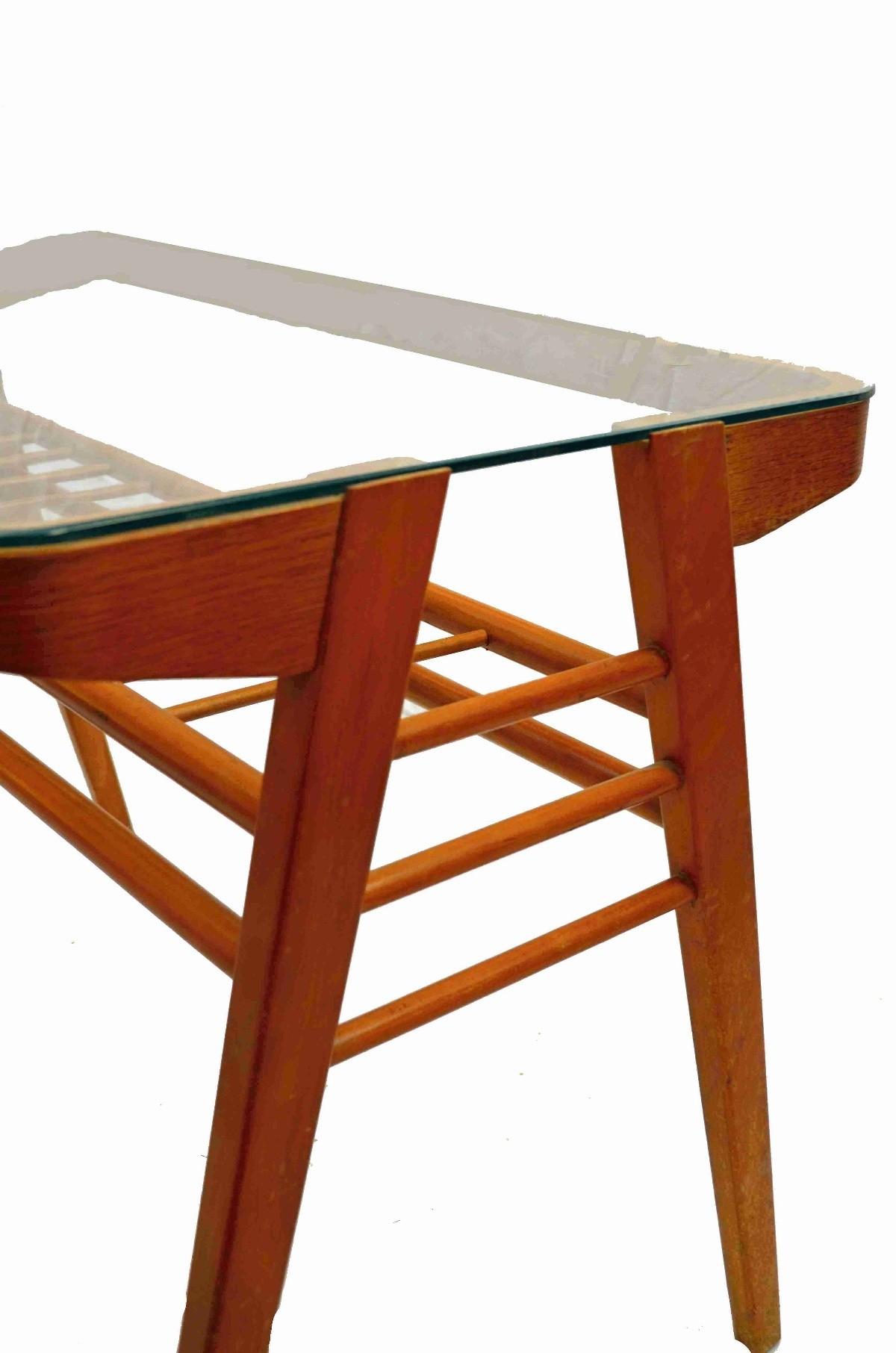 Retro stolek III.