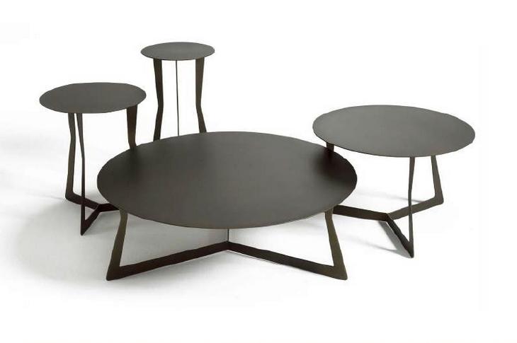 Kovové stolky